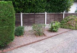 Border landscaped with decorative gravel
